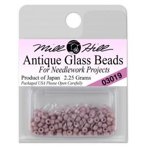 Бисер Antique Glass Beads Soft Mauve Mill Hill