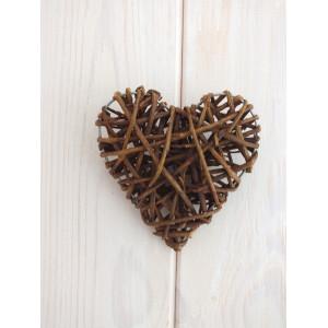 Сердце из веточек 15 см