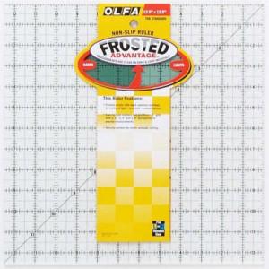 """Линейка для квилтинга Frosted 12.5"""" х 12.5"""" OLFA"""