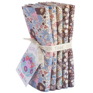 Tilda PlumGarden Fat Quarter Bundle Nutmeg